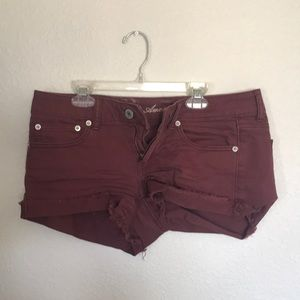 maroon low rise shorts